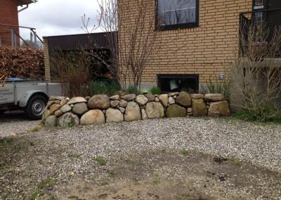 Stendige hvor den laver ende bliver brugt som krydderurtebed Mosevej i Silkeborg